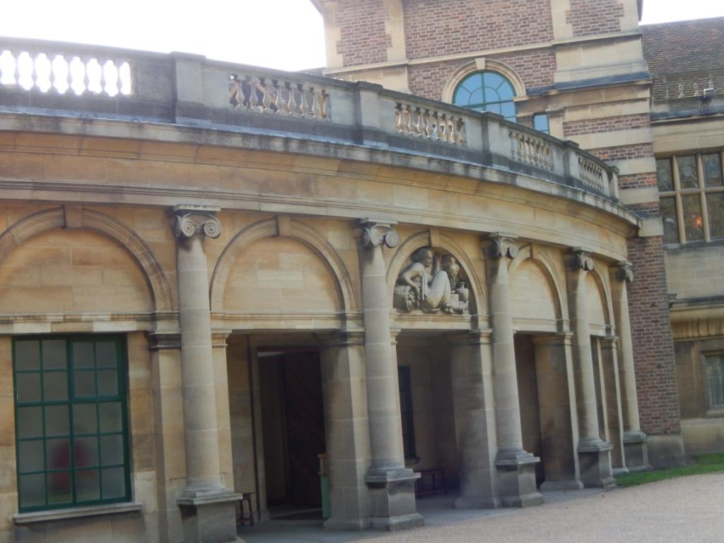 Eltham entrance
