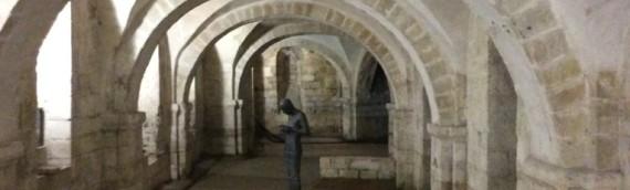 教会の中の現代アート:ウィンチェスター大聖堂のアンソニー・ゴムリー