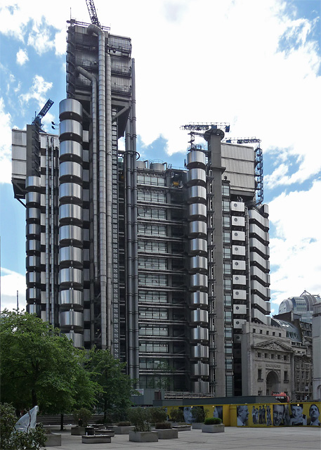 Lloyds_building_taken_2011
